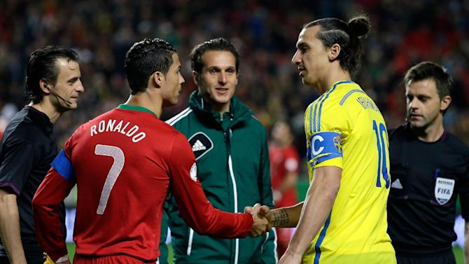 Portugal's Cristiano Ronaldo, left, and Sweden's Zlatan Ibrahimovic shake hands before the World Cup qualifying playoff first leg soccer match between Portugal and Sweden Friday, Nov. 15 2013, at the Luz stadium in Lisbon