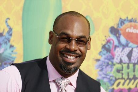 Retired NFL Player Donovan McNabb arrives at the 27th Annual Kids' Choice Awards in Los Angeles