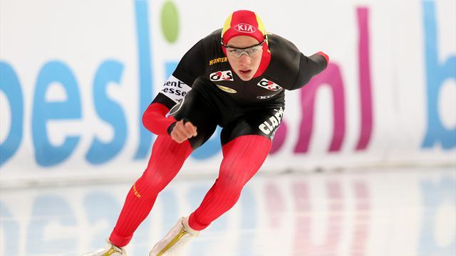 Speed Skating - Swings doubles up on World Cup final day