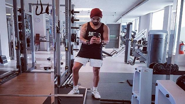 Guess who is working out with Virat Kohli!