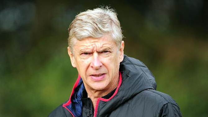 Arsene Wenger wants jobs should go to manager's on merit