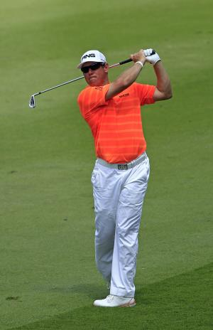 Westwood's lead at Malaysian Open down to 1 stroke