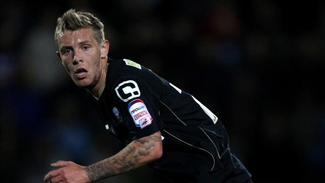 League One - Striker worries for Oldham