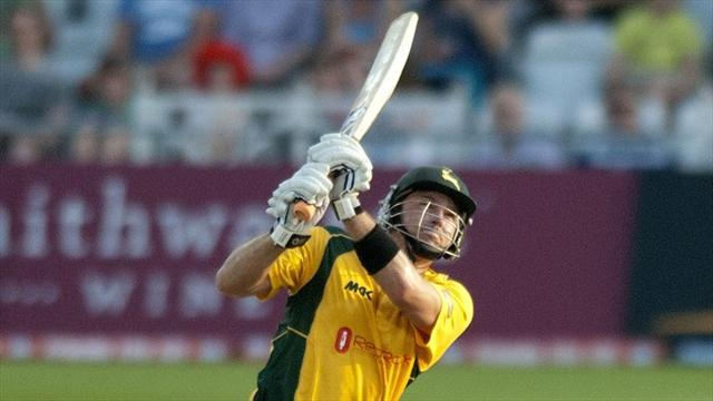 Cricket - Lumb excels in Notts success