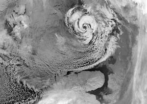 How Arctic Hurricanes Help Warm Europe