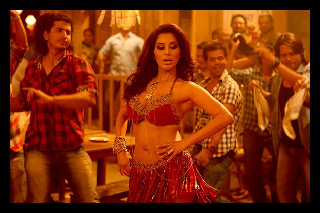 Sophie Choudry in a song from 'Shootout at Wadala'