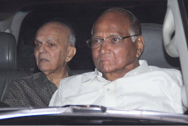 The who's who of business, films, politics and sports gathered at a hotel in Andheri East, Mumbai, to celebrate Sachin Tendulkar's farewell from cricket on November 18, 2013. (Yogen Shah)