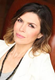 Finola Hughes | Photo Credits: Charles Bush