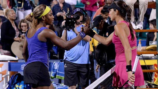 Tennis - Serena beats Ivanovic to make Stanford semis