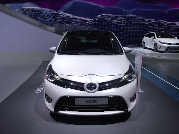 Toyota Verso - Live Salon Paris 2012