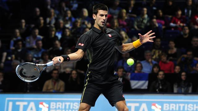 ATP World Tour Finals - Djokovic fights back to beat Del Potro and reach final