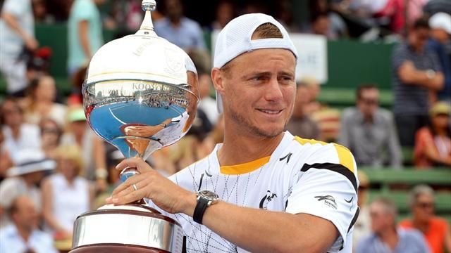 Tennis - Hewitt beats Del Potro to win Kooyong title