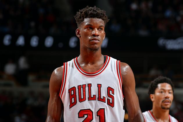 AP Source: Bulls reach 5-year, $90M deal with Jimmy Butler