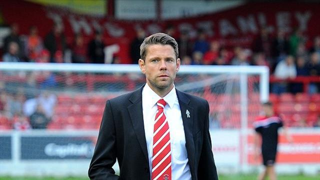 League Two - Team news: Beattie without Hunt for Chesterfield clash