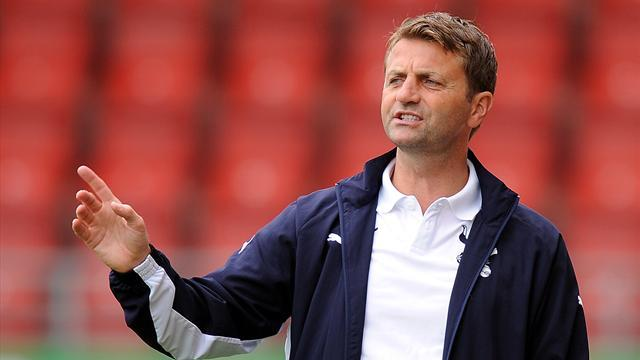Premier League - Spurs manager Sherwood delivers stark warning to squad
