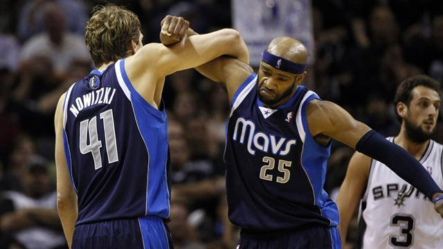 Basketball - Mavericks blow out Spurs to level series