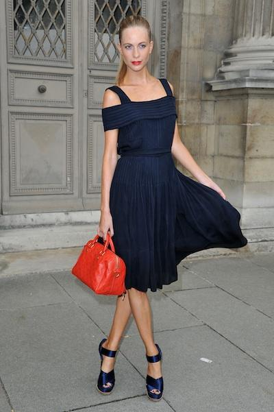 LND (Little Navy Dresses) are the new LBDs: you heard it here first. Pick one in a flirty, A-line shape and pair with similarly-hued footwear. Add a cute crimson bag that matches your lipstick, and yo