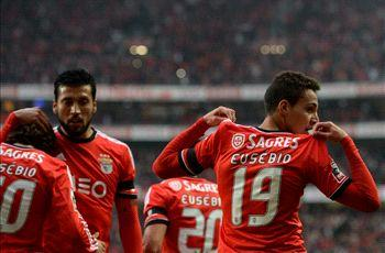 Benfica dons Eusebio jersies for vital win over Porto