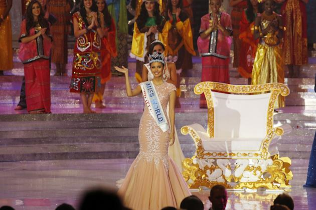 NUSA DUA, INDONESIA - SEPTEMBER 28: Miss Philippines, Megan Young waves as she is crowned Miss World during Miss World 2013 on September 28, 2013 in Nusa Dua, Indonesia. (Photo by Ed Wray/Getty Images)