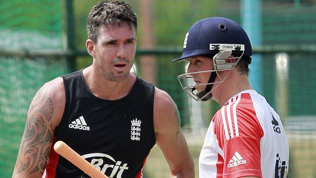 Cricket - Swann brands Pietersen 'childish' after Prior row