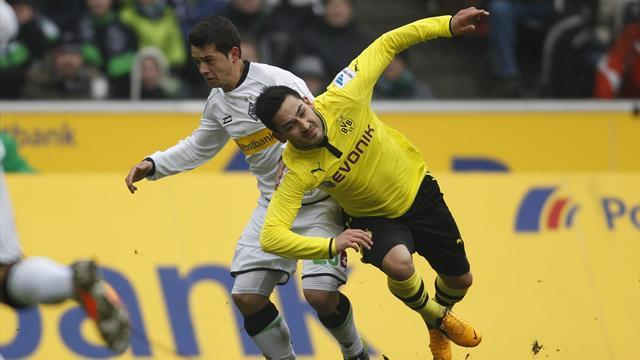 Bundesliga - Dortmund stumble to draw at Gladbach