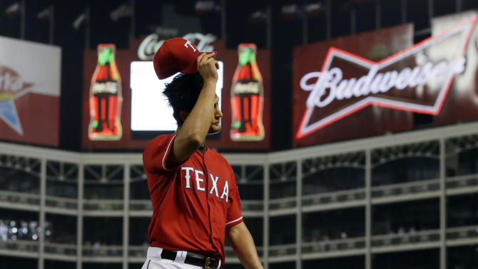 Darvish 1 out shy of no-no, Rangers rout Red Sox