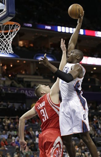 Harden, Rockets beat Bobcats to snap 7-game skid