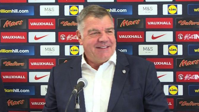 New England soccer boss Allardyce challenges players to improve