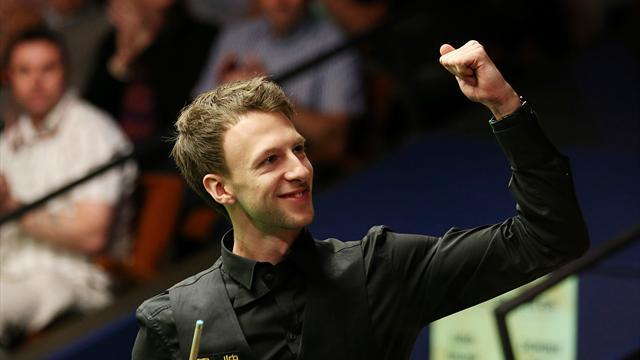 Snooker - Trump pips Murphy in match of World Championship to reach semis