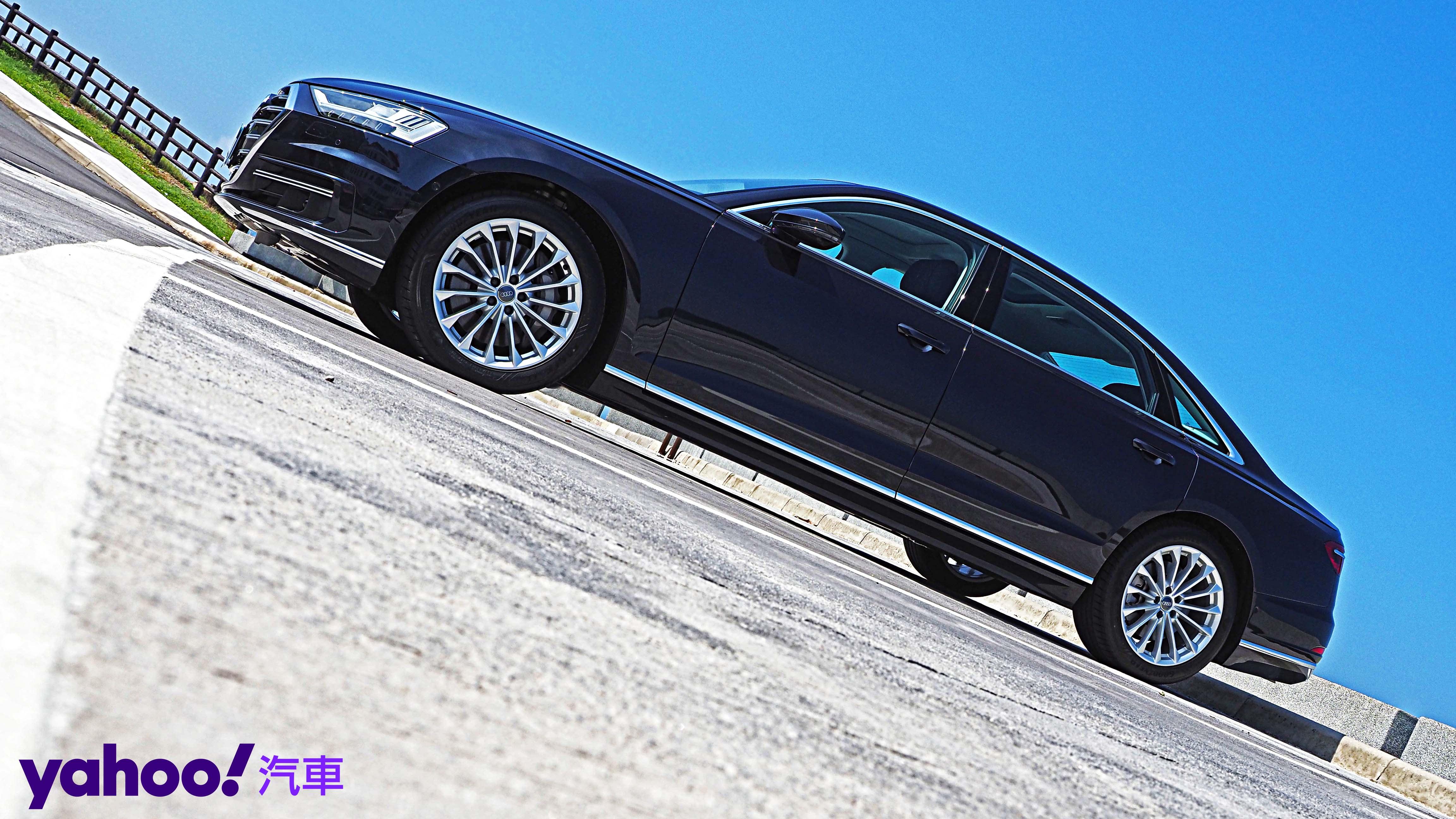【新車圖輯】全新思維打造旗艦科技玩物!Audi A8 L 55 TFSI quattro Premium總裁級試駕!