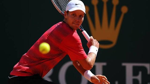 Tennis - Berdych tested by Davydenko in Barcelona