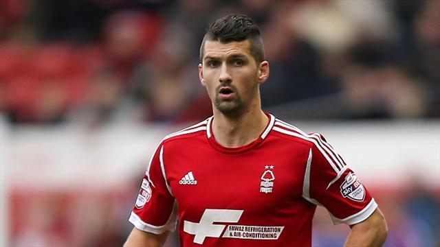 Championship - Forest's Lichaj set for month on sidelines
