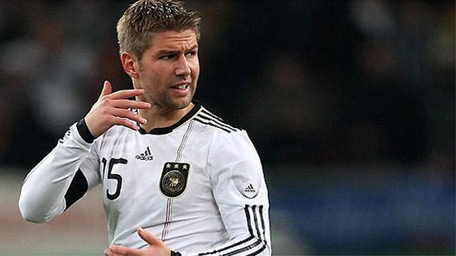 Football - Hitzlsperger hopes coming out will raise tolerance