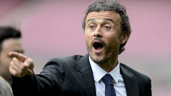 Liga - Xavi axed as Luis Enrique names surprising new Barcelona side for first game
