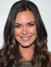 Odette Annable & Bruce Greenwood To Star In ABC's Pilot 'Venice' Directed By McG