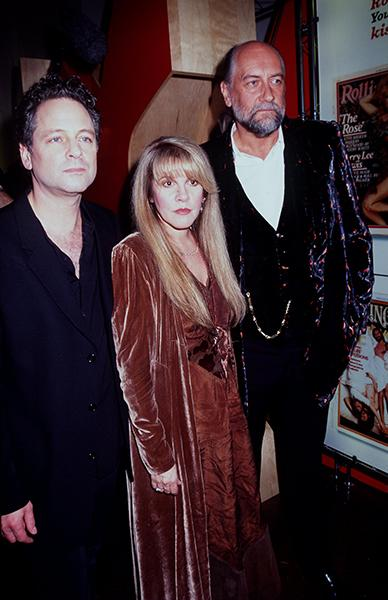 With Lindsay Buckingham & Mick Fleetwood in 1998