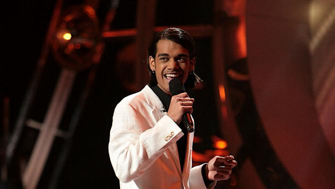 Sanjaya Malakar performs as one of the top 9 contestants on the 6th season of American Idol.