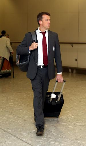 Graeme Swann has flown back to England to be with his sick daughter