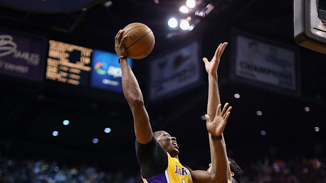 Los Angeles Lakers v Phoenix Suns