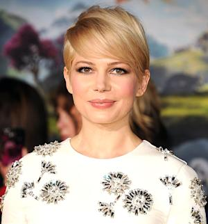 Michelle Williams Is Growing Out Her Short Hair