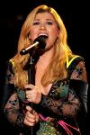 Photo of Kelly Clarkson