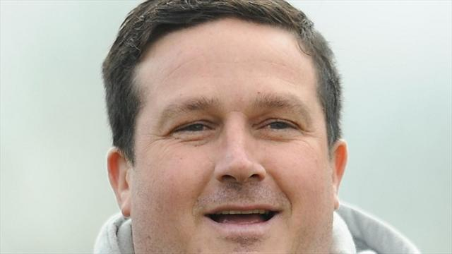 Football - Cox hails Stags fans