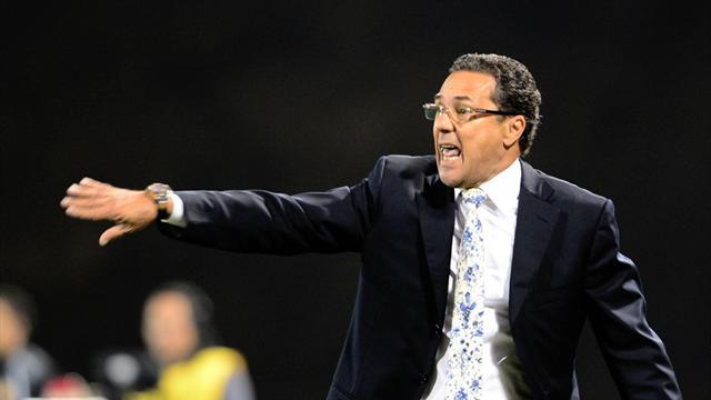 South American Football - Gremio coach Luxemburgo banned after Libertadores brawl