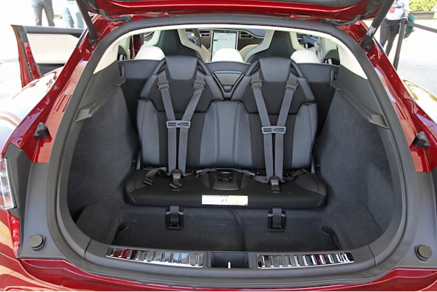 tesla model s interior 7 seats first tesla model s track test revscene automotive forum. Black Bedroom Furniture Sets. Home Design Ideas