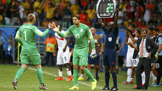 World Cup - Cillessen sorry for outburst after being replaced for shoot-out