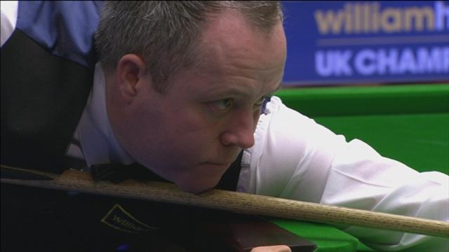 Snooker - Higgins out despite maximum, Robertson through