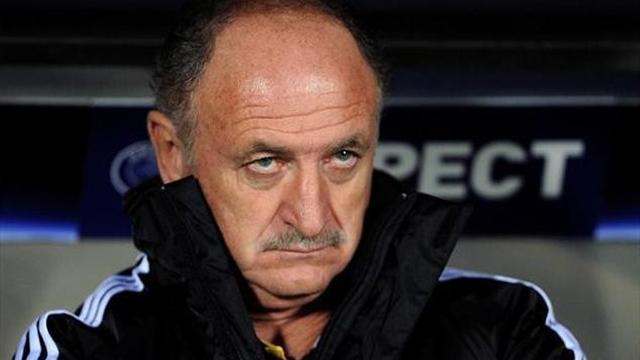 Football - Scolari defends Chelsea record
