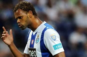 Rolando: I only want to join AC Milan if I leave Porto