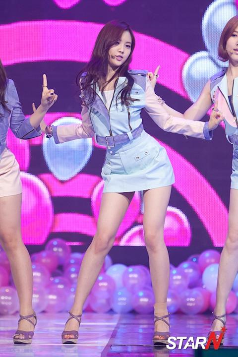 [Photo] A-Pink's Son Na-eun performing on stage