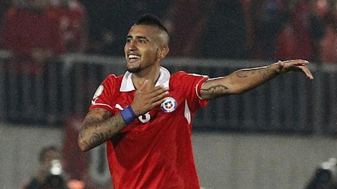 World Cup - Vidal recovers from knee surgery to make Chile squad